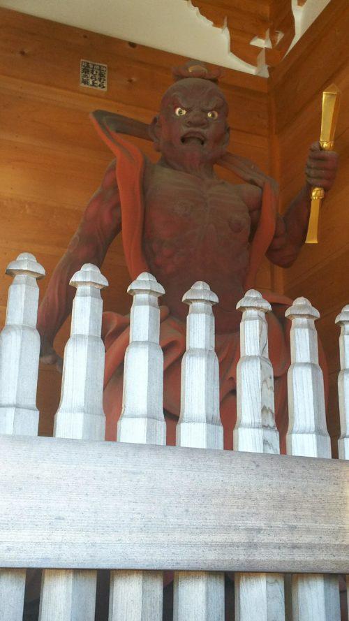 薬王寺の金剛力士像(阿形)